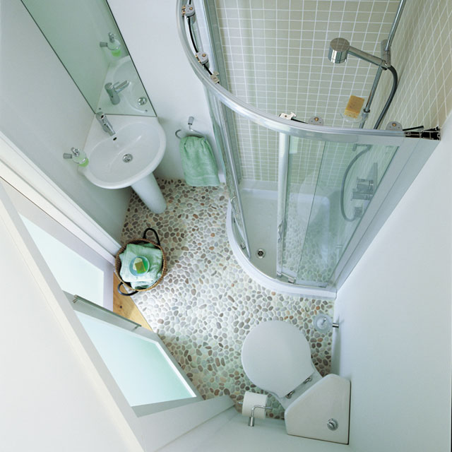 Small bathroom design ideas do you need a bathtub bath for Tiny bathroom layout